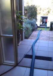 truck mount hoses to front door